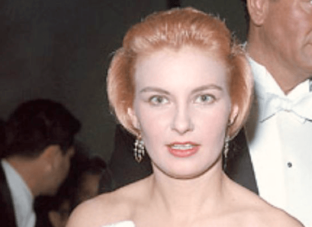 50 Nights At The Oscars History S Most Iconic Hairstyles